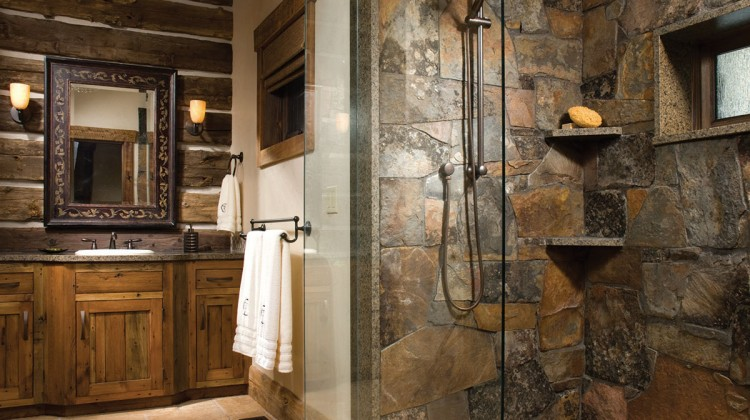 Glass shower partitions keep bathrooms feeling expansive. PHOTO Heidi Long / Longviews Studios