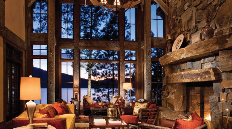 Stunning lakeside setting in Chief Cliff