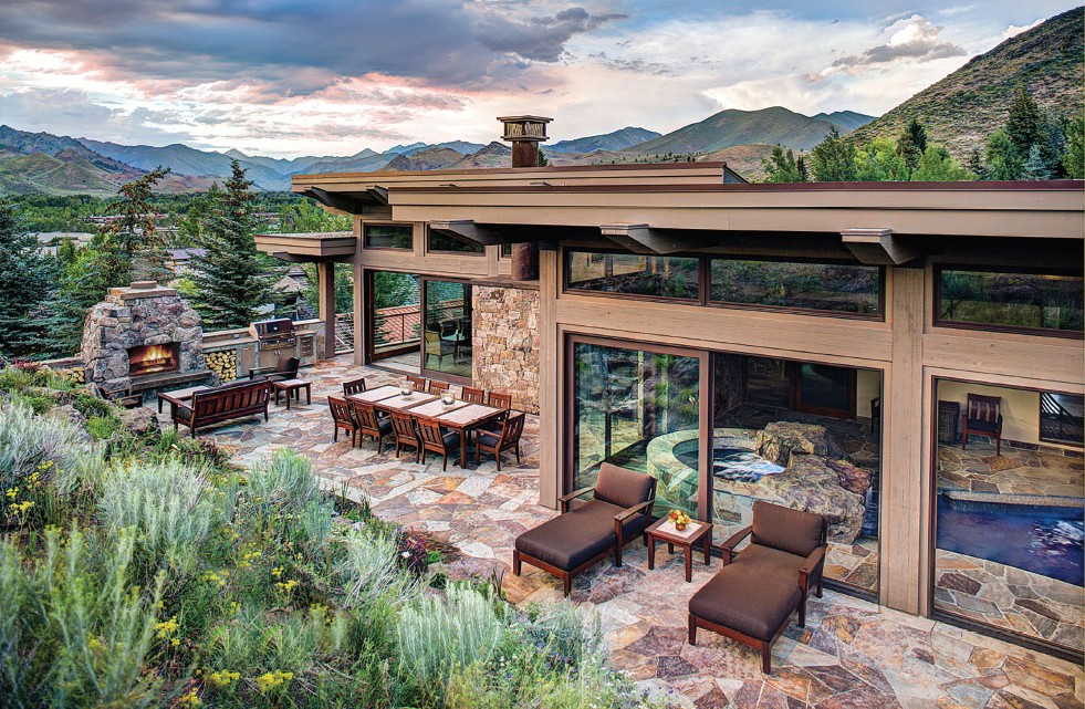 A Sun Valley home sited by Eggers Associates capitalizes on the views as well as the natural elements like sun and wind patterns.