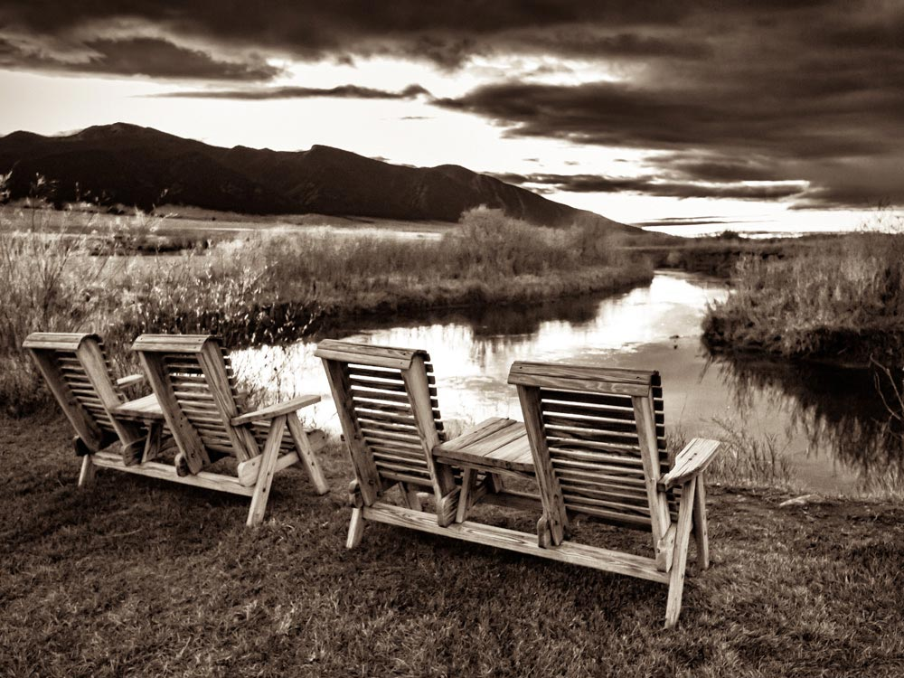 RUBY SPRINGS LODGE- Creek Chairs