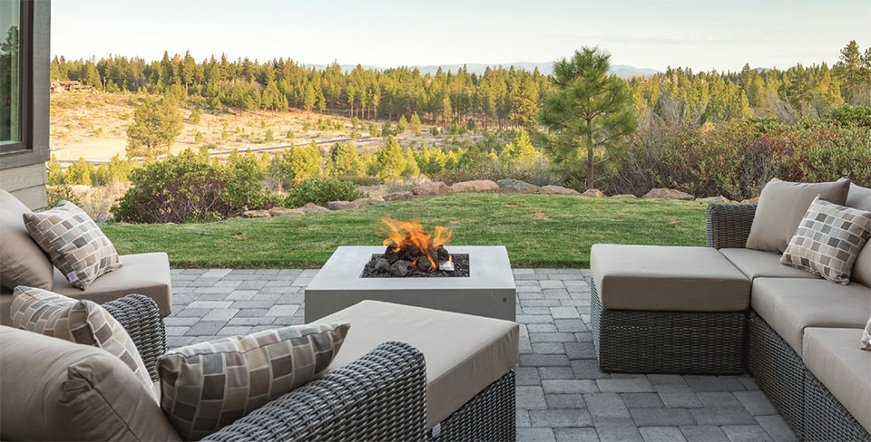 Living Your Dream- Bend Outdoor Living Room